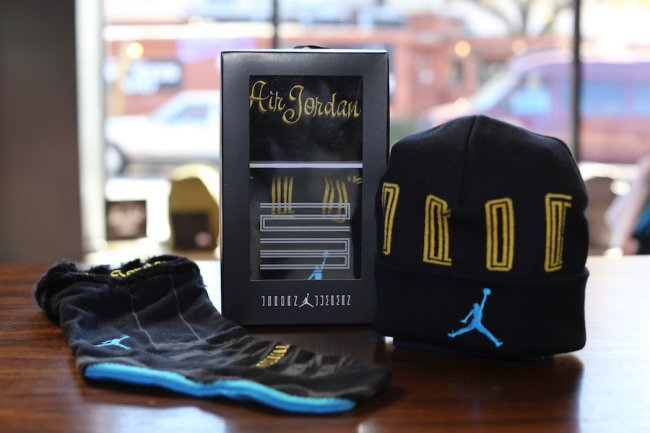 f4c947b15ac AIR JORDAN RETRO 11 XI GAMMA BLUE BEANIE STOCKING GIFT PACK UNISEX  507949-016 A2