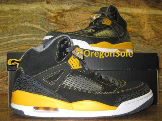e62e1c46fd1991 Nike Air Jordan Spizike Size 11 Black and Varsity Red