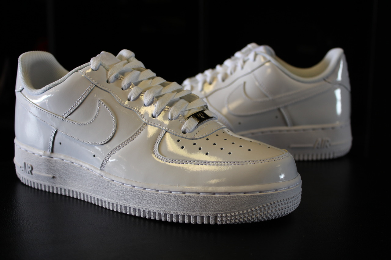 premium selection a146a d98f8 Nike Air Force 1 Low