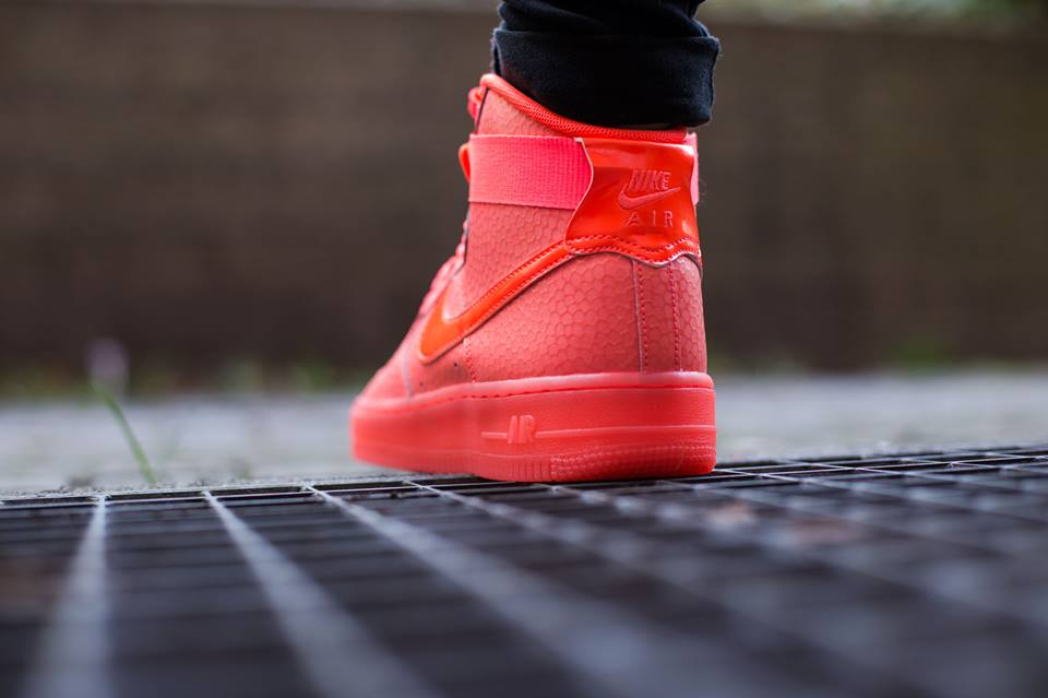 outlet store ef57d 15f96 Nike Air Force 1 High Premium