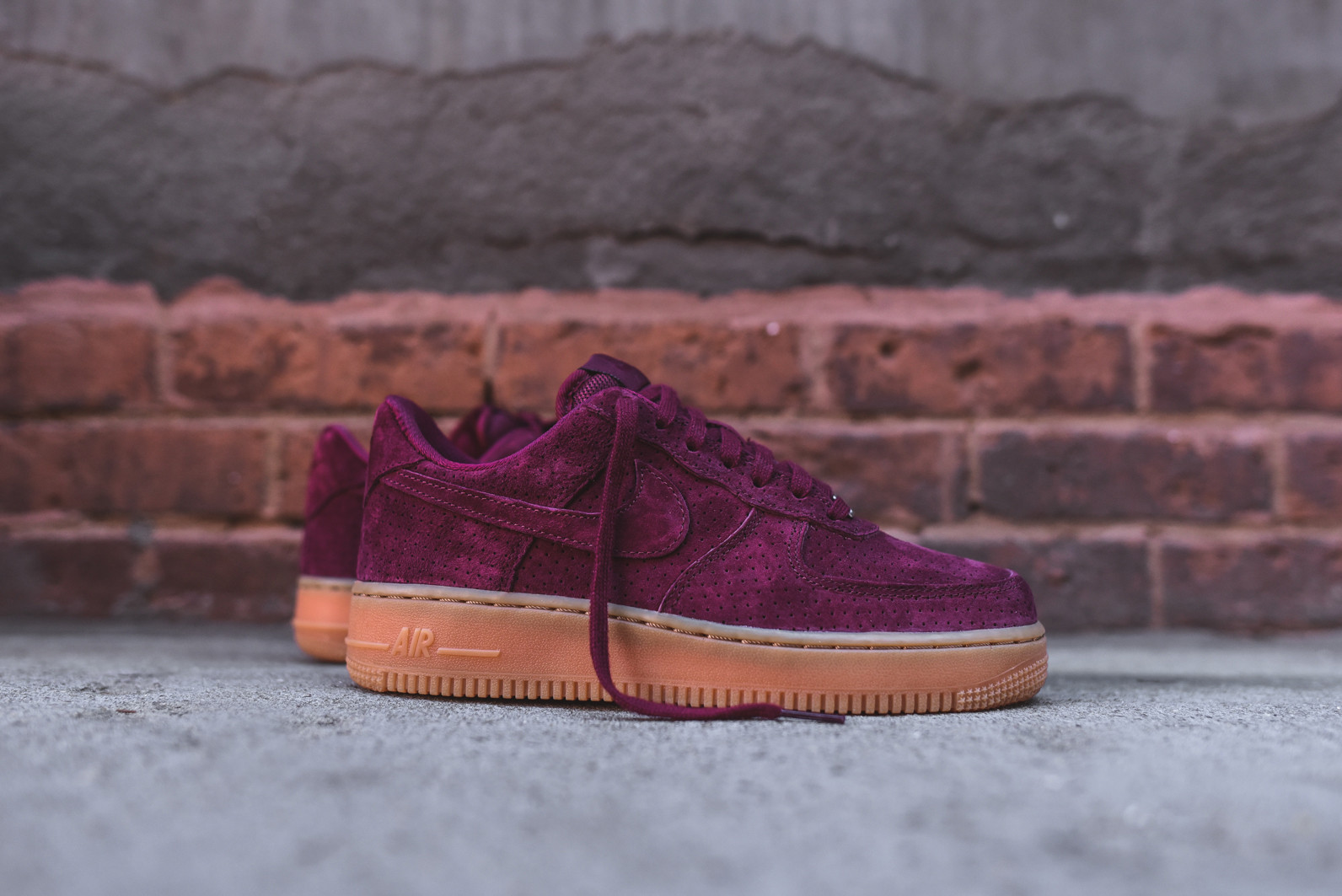 nike womens air force 1 39 07 deep garnet gum air 23. Black Bedroom Furniture Sets. Home Design Ideas