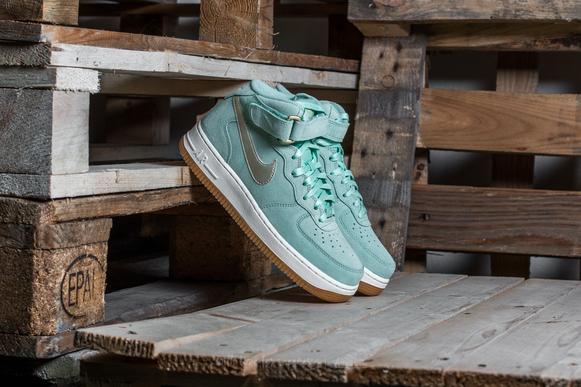 best website 1e8b8 71ad4 nike air force 1 enamel green
