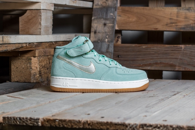 nike air force 1 enamel green