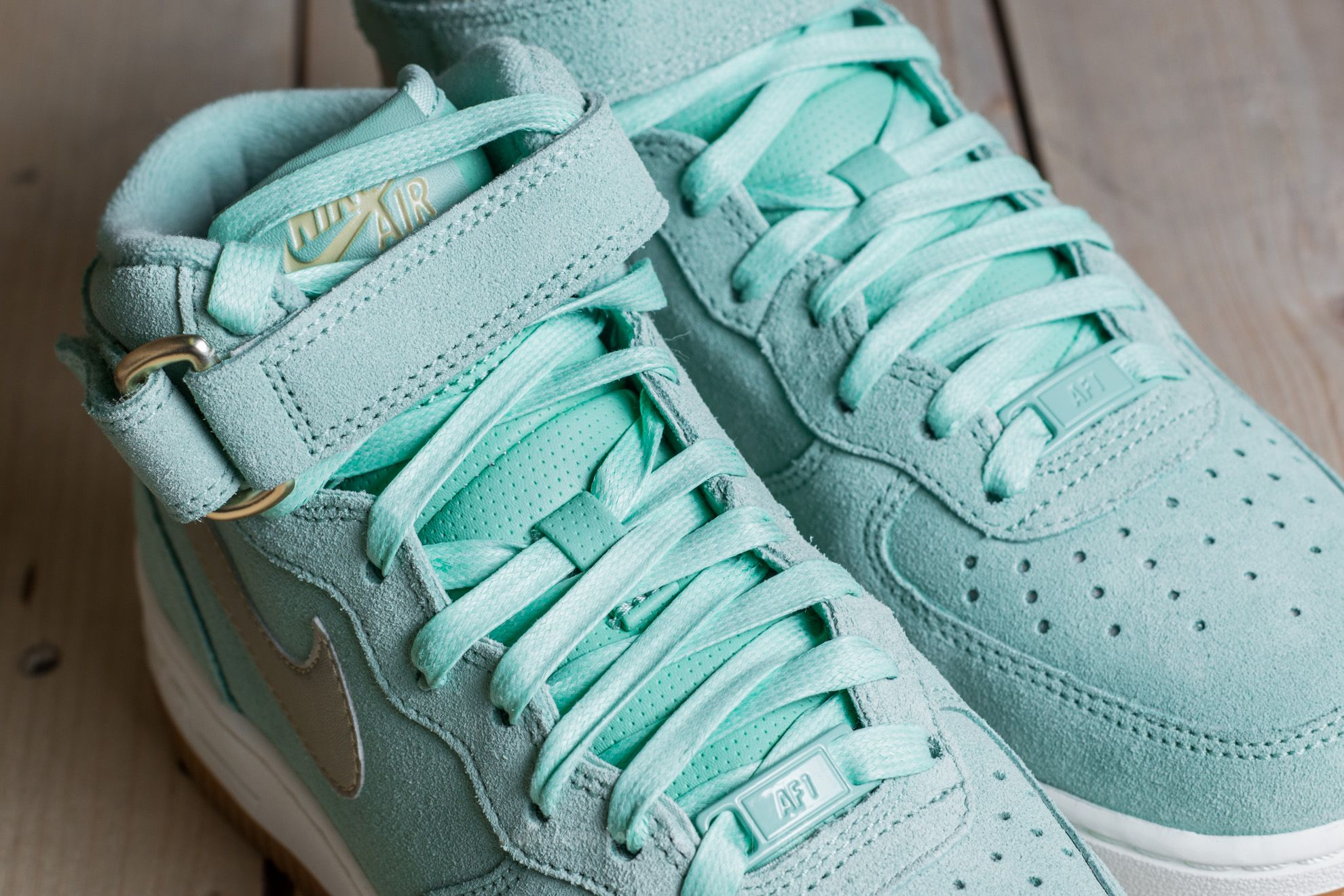 buy popular a1ed2 3866f nike air force 1 womens green