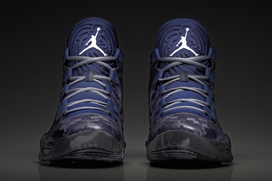 reputable site e211f 86491 Air Jordan XX8 Armed Forces Classic PE
