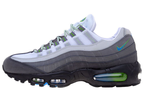 37019fcdd8 A hint of green has also been added to the eyelets. You can get your hands  on a pair of these now at JD Sports. nike air max 95 ...