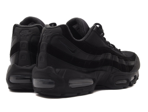 black nike air 95