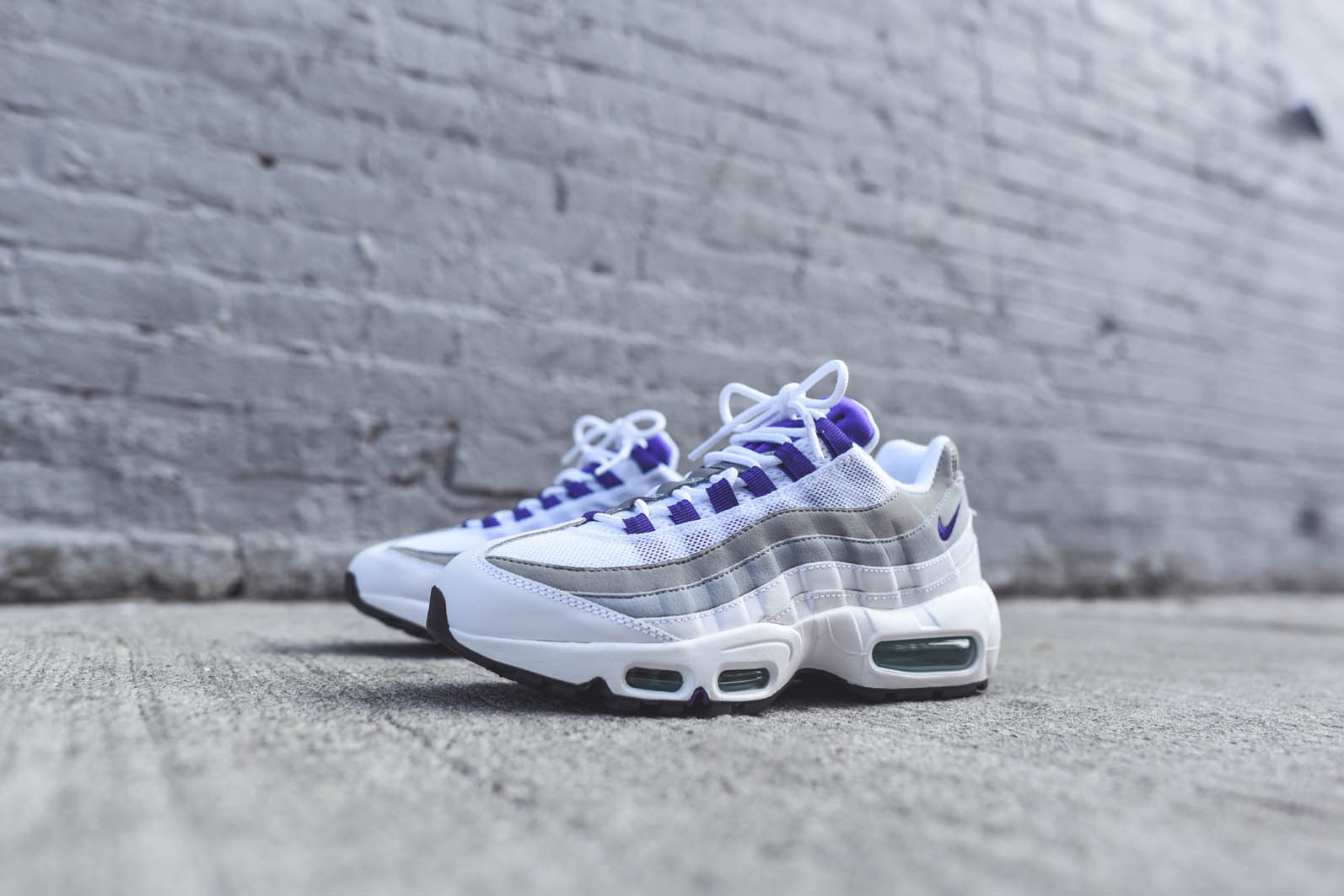 womens nike air max 95 green