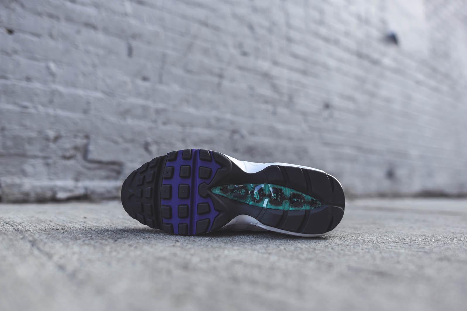 Nike Air Max 95 - Negro / Gris Lobo - Corte Retro Púrpura QKEcW