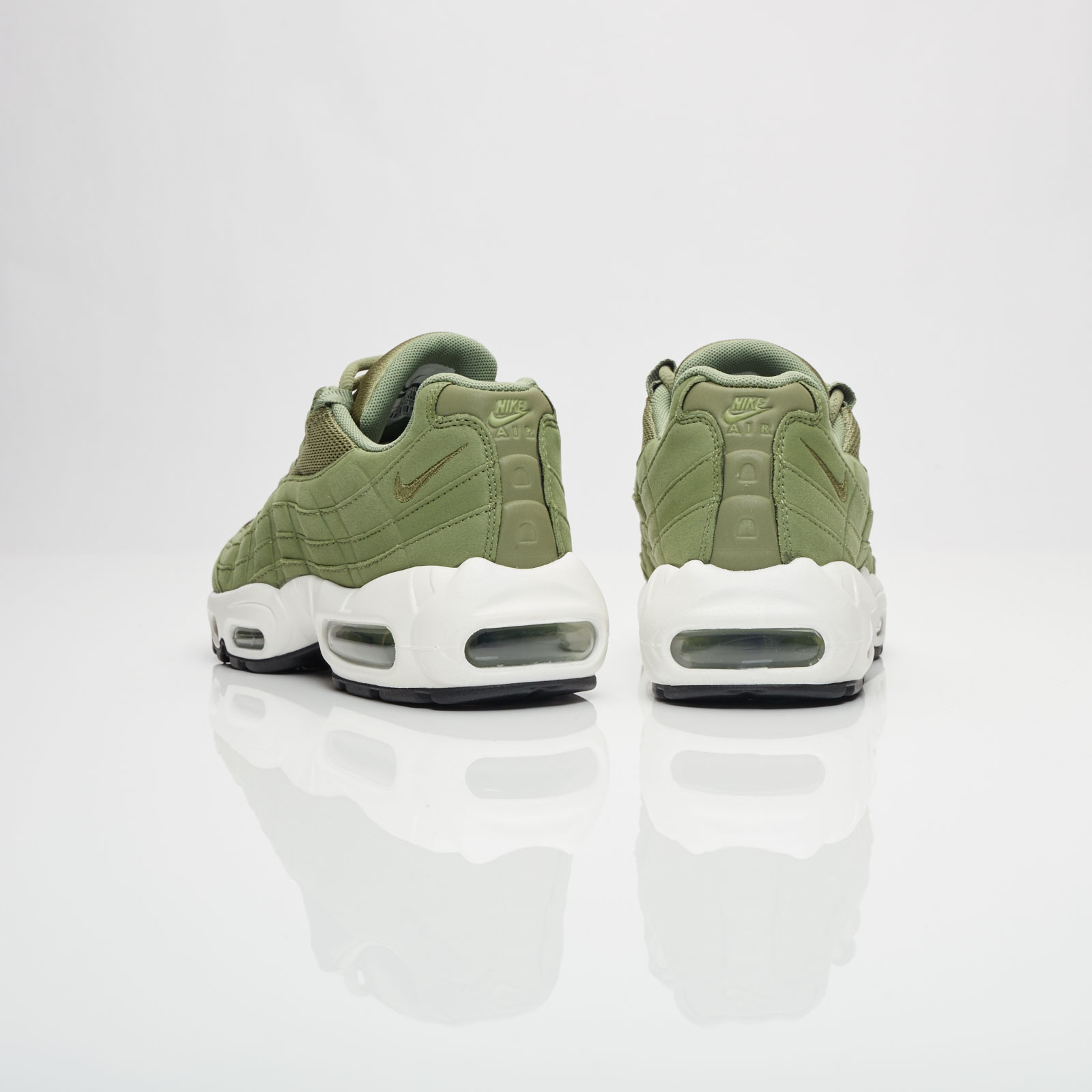 1d1e4d1906 Nike Womens Air Max 95 Palm Green - Air 23 - Air Jordan Release ...