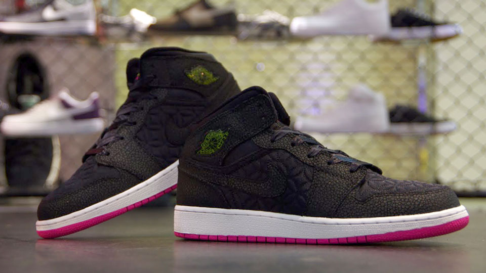 4aa8c3327fa6f2 Air Jordan 1 Phat GS Color  Black Desert Pink-High Voltage Style  454659-008