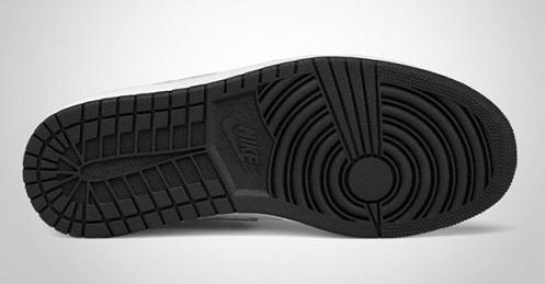 3549f6d2885926 338146-061 Nike Air Jordan Big Kids 1 I Phat Low black varsity red