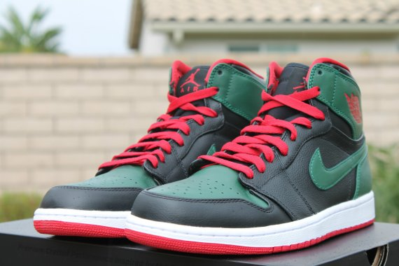 961acf38ab0 Air Jordan 1 (I) Retro High Color: Black/Gym Red-Gorge Green-White Style:  332550-025. Release: 12/01/2012. Price: $110.00