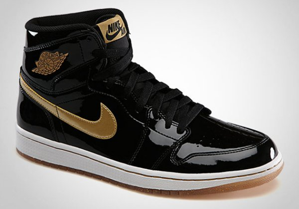 4e2c08a33cd9 Air Jordan 1 Retro High OG - Black Metallic Gold - Pics and Release Info
