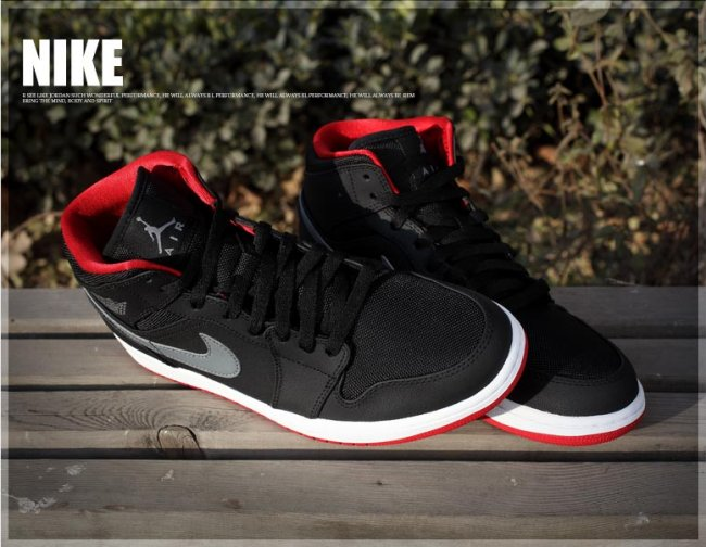 finest selection cc540 5be38 Air Jordan 1 (I) Mid Color  Black Cool Grey-Gym Red Style  554724-004