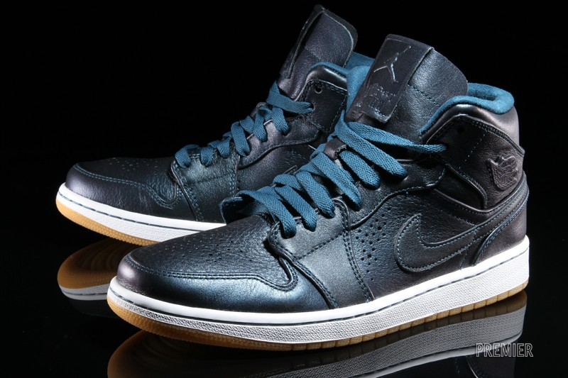 nike air jordan 1 nouveau team redemption