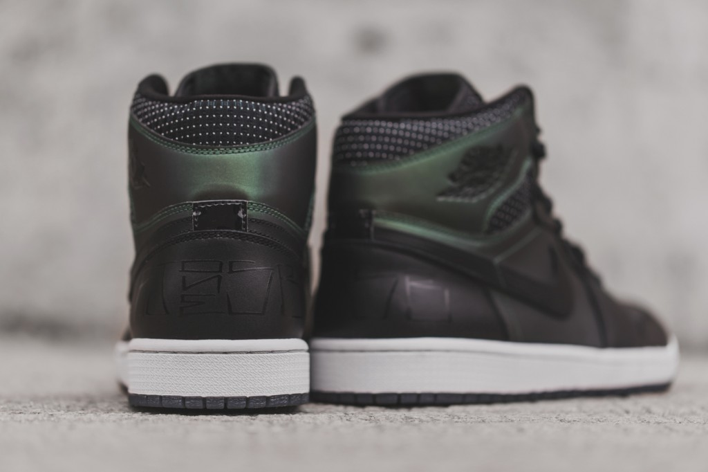 3381be034091 2014 Nike Air Jordan I Retro 1 SB QS BLACK SILVER WHITE GREEN 653532-001  NEW 10
