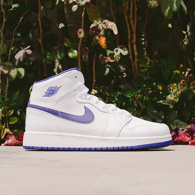 95f87d0cb391 Girl s Air Jordan 1 Retro High - White   Purple - Air 23 - Air ...