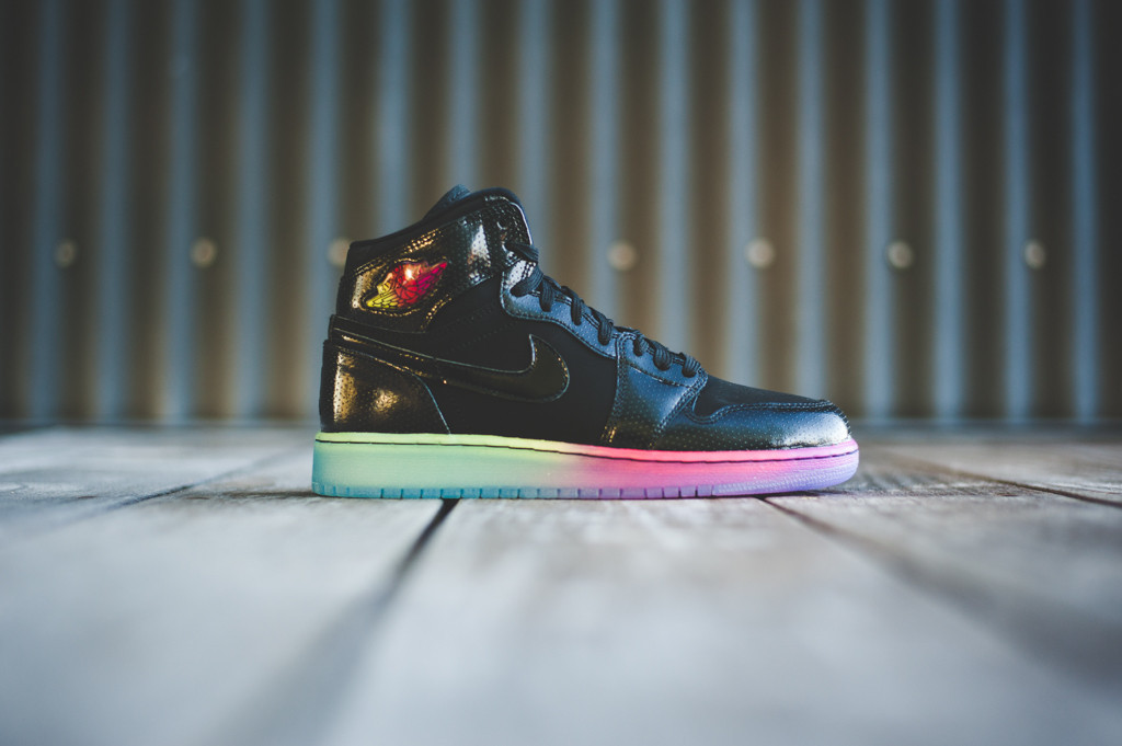 Women's Air Jordan 1 Retro High Premium GS Black Fuchsia