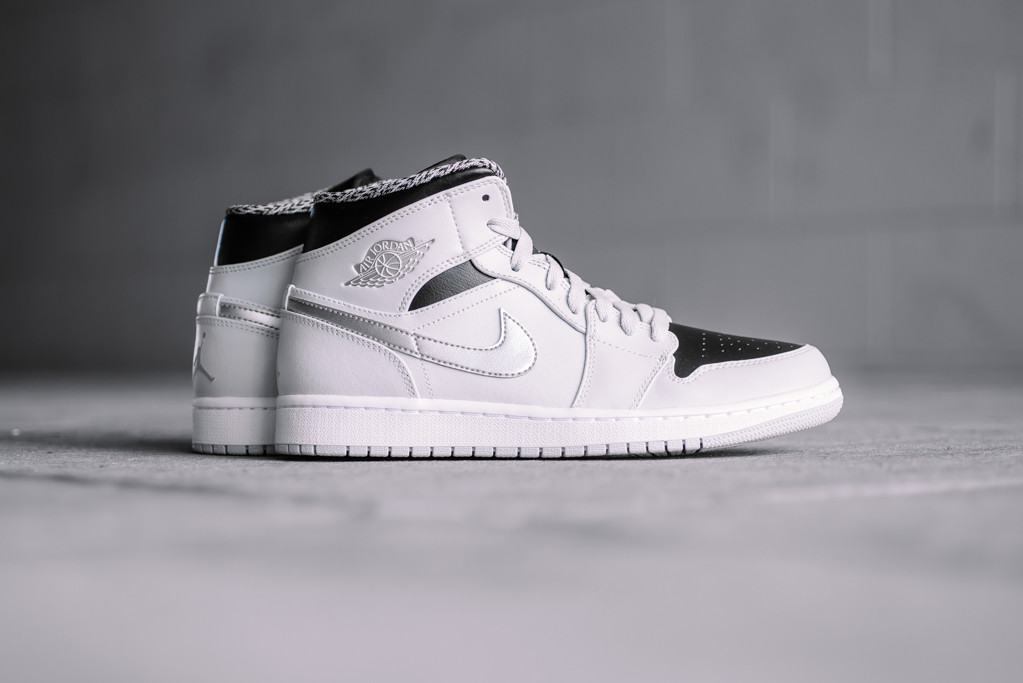 new concept 5e740 bc574 air jordan 1 mid pure platinum