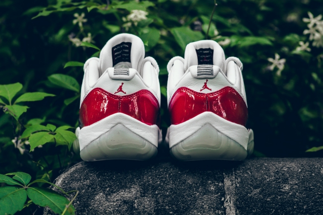 air jordan xi retro low varsity red