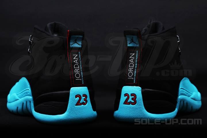 acbf1fd55d7 2013 Nike Air Jordan Retro 12 XII GAMMA BLUE DS Sz 13 (130690 027 Slight  Fading