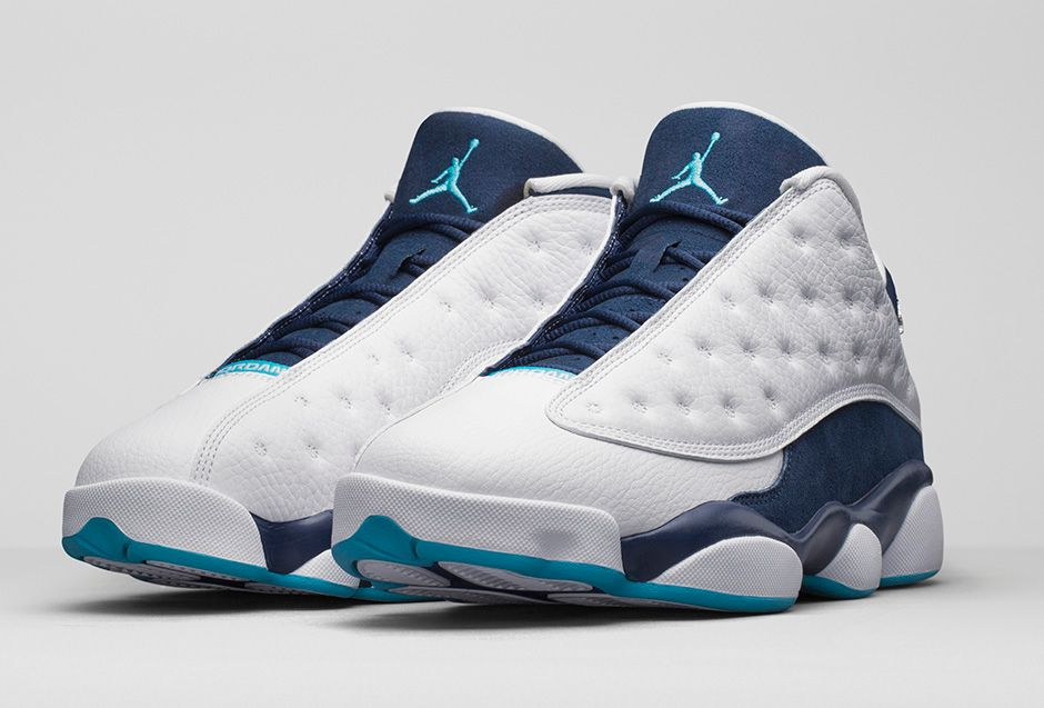 "Air Jordan XIII Retro Low ""Hornets"" Official Images, Release Date Change"