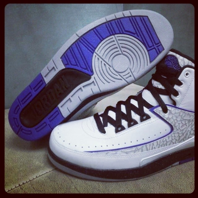 low priced 05186 7747a air jordan 2 white and purple for cheap