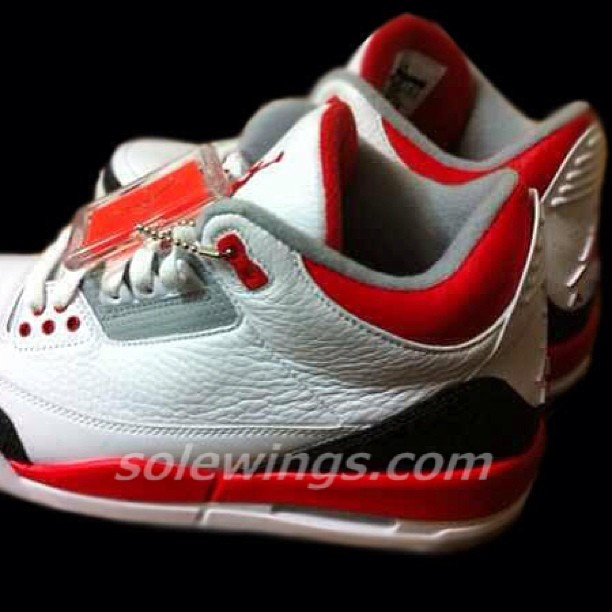 best authentic 544c5 66dba Air Jordan III (3) Retro – White Fire Red-Cement Grey 2013