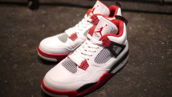 62ff89e24e9a Nike Air Jordan IV 4 Retro White  Red-Black Fire Red 2012 Size 10
