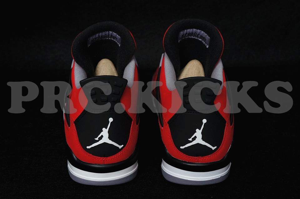 Air Jordan IV (4) Retro