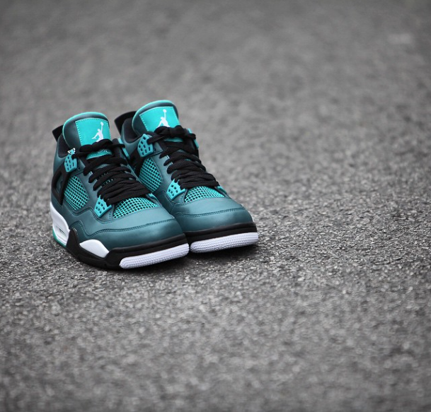 new style 6d231 a313d Air Jordan 4 (IV) Retro Color  Teal White-Black-Retro Style  705331-330. Release  03 14 2015. Price   190.00