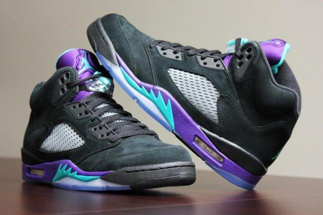 "Air Jordan 5 (V) Retro ""Black Grape"" New PhotosJordan Grape 5 Black On Feet"