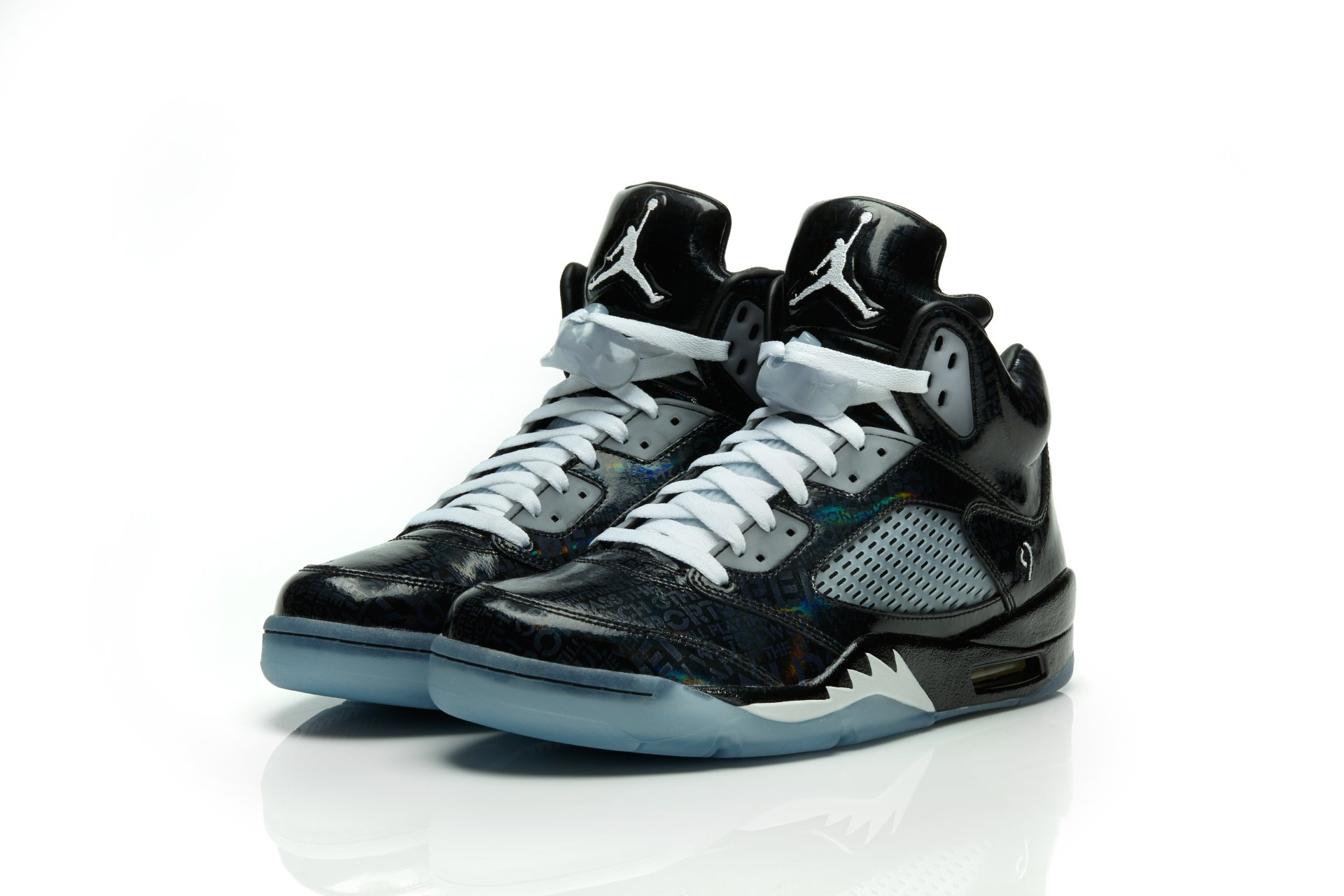 Air Jordan V 5 Retro Doernbecher Official Images Nike Space Jam Limited Edition To 2012 Freestyle Program Patient Isaac Arzate And His Family With The Release Of