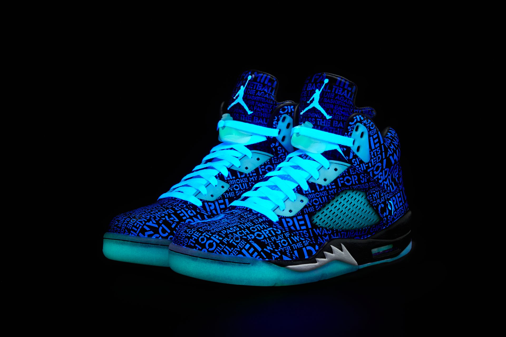 Air Jordan V 5 Retro Doernbecher Official Images