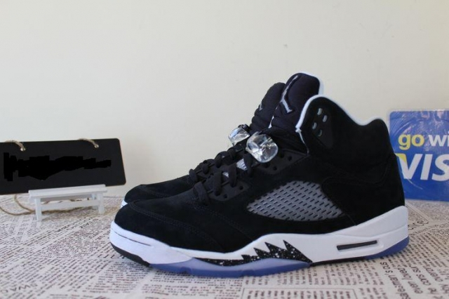 timeless design 5eb05 929d6 Air Jordan 5 (V) Retro Color  Black Cool Grey-White Style  136027-035.  Release  11 29 2013. Price   170.00