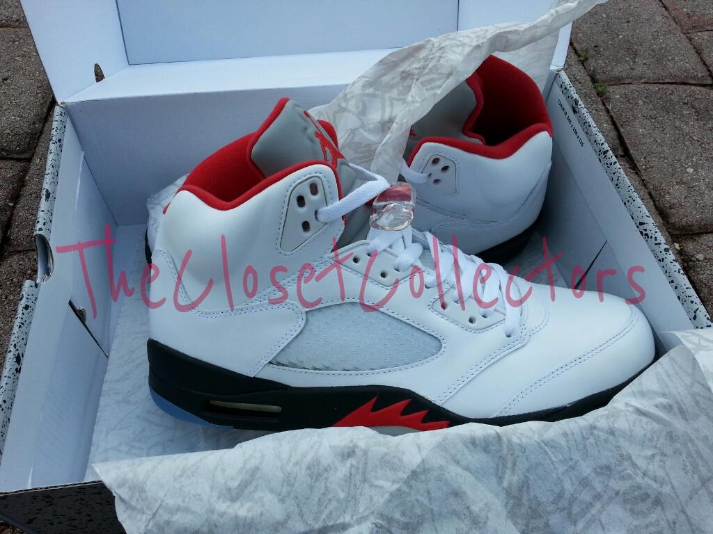 separation shoes cffa0 00645 Air Jordan V Retro 2013 Packaging