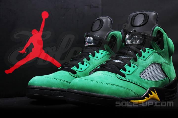 70fa6042e7e5 Air Jordan 5 (V) Retro