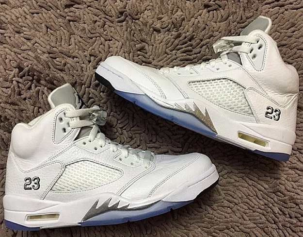 best service b321c 68838 Take a quick scan on eBay, and you ll find that a deadstock pair now  fetches upwards of  300. White Metallic Silver Air Jordan V Retro is  expected to hit ...