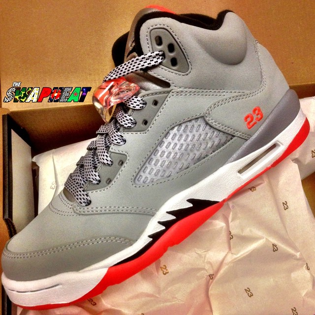 best service 5fa71 2ca22 Girls Air Jordan 5 (V) Retro Wolf Grey Black-Hot Lava-White Style   440892-018. Release  05 09 2015. Price   160.00