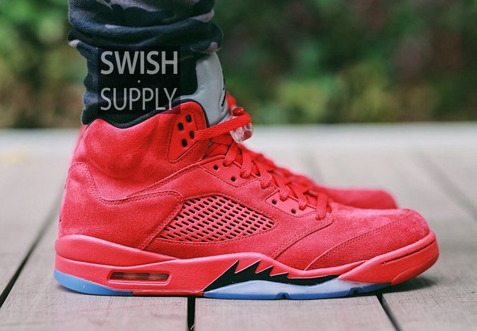 Nike Air Jordan 5 Gamuza Roja En Los Pies