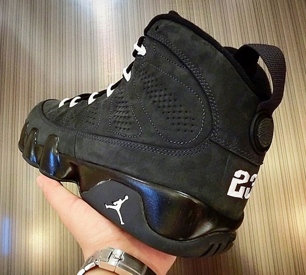 c5f66bae5fb9 Air Jordan 9 (IX) Retro Color  Anthracite Black-White Style  302370-013.  Release  09 12 2015. Price   190.00