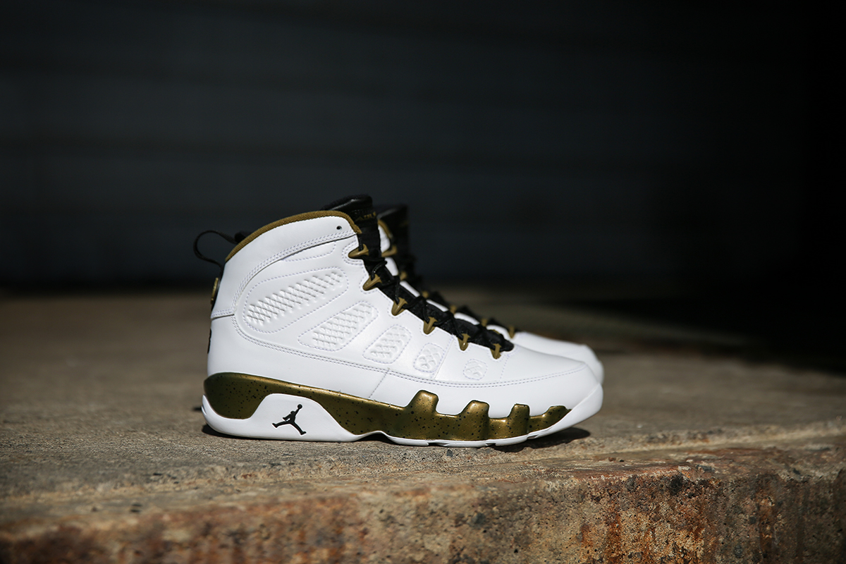 super popular dc90f b647e Air Jordan 9 Retro