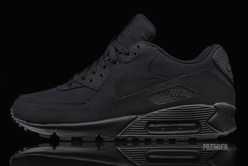 nike air max black and black