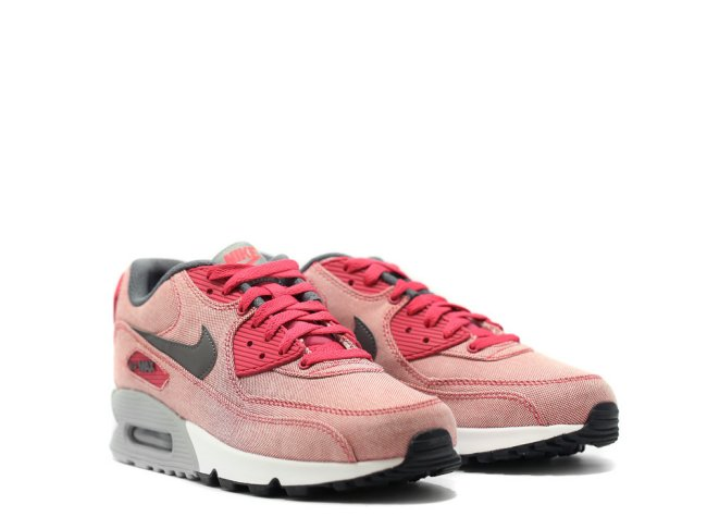 reputable site 5c75b 338e2 Grey has been used on the tongue and midsole to help keep and even balance  of color. You can get these now at AWOL or eBay. Nike Air Max 90