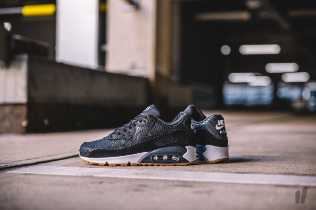 nike womens air max 90 premium bb