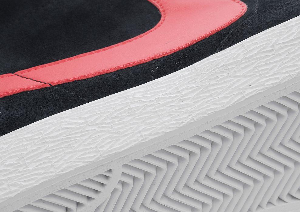Nike Chaquetas De Ante Negro Y Rojo INB45MB