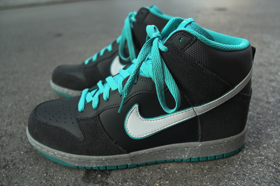 Nike Dunk High - Anthracite White-Sport Turquoise 027b512f4