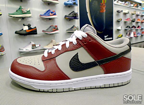 super popular 4e318 59e74 2006 Nike SB DUNK LOW CL AIR JORDAN II 2 RETRO WHITE BLACK RED Supreme Kith  Bape