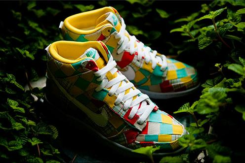 """san francisco e4bfc 3bcd0 If you re looking for some new head turners, check out the upcoming Nike  Dunk """"Patchwork"""" pack. The pack, which includes two colorways, uses square  patches ..."""